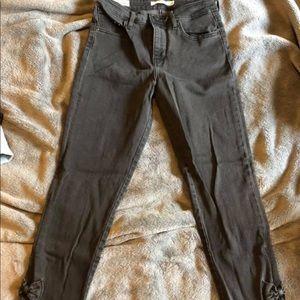 Levi 711 High Rise Skinny Jeans